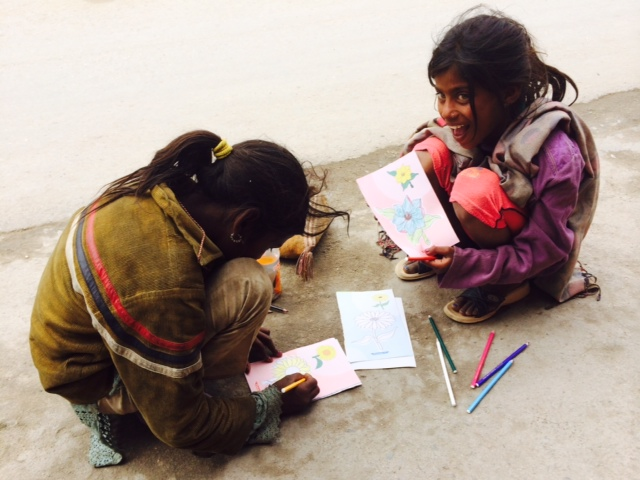 Making brilliant drawings on the street of Leh