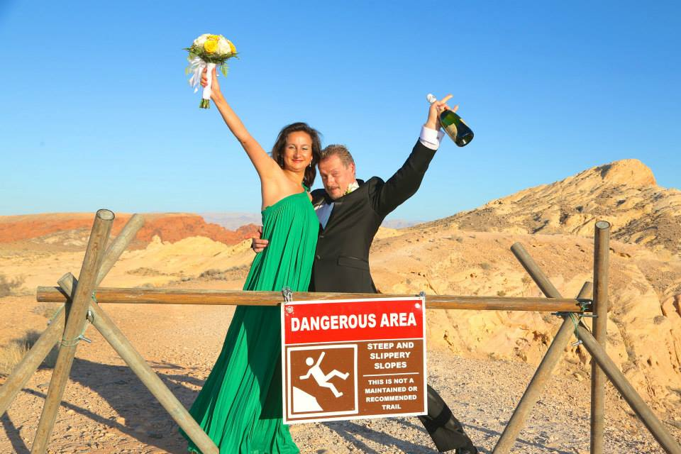Ruslan Malakhowski and Irina Zingerman were married on August 28, 2014 in the Valley of Fire, Nevada, USA.