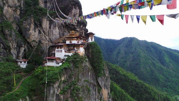Bhutan.Tigers-Nest.V.Bianchini