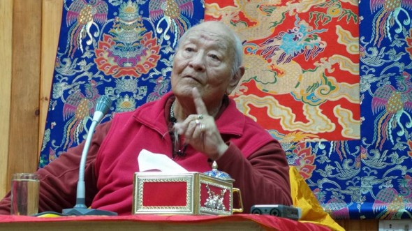 Rinpoche teaching at Paro College of Education. Photo Valter Bianchini
