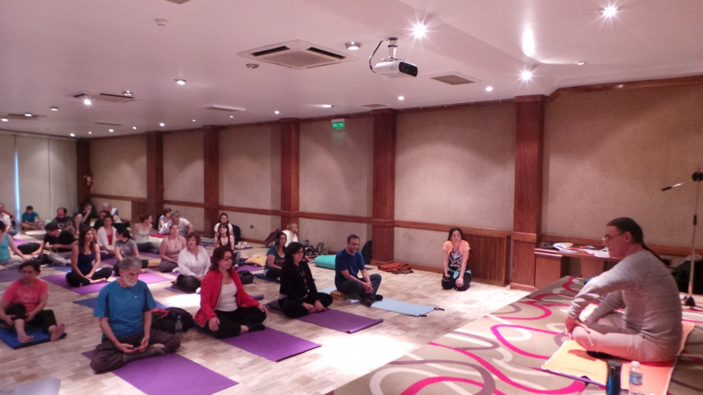 Fabio Andrico teaching Breathing in Cordoba, Argentina