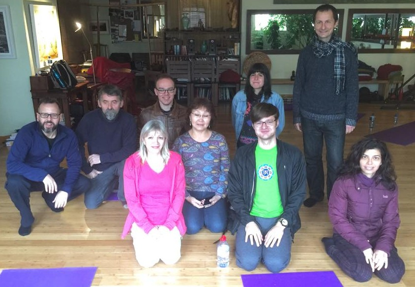 Kumbhaka and Rhythmic Breathing Course with Artur Geisari (YY 1-st level instructor) from October 23 to 25, 2015, took place in Dublin, Ireland. All together thirteen people attended the course, all from the Irish Dzogchen Community.