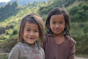 ASIA – Helping Children Overcome the Trauma of the Earthquake