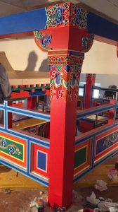 Decorating Tibetan style
