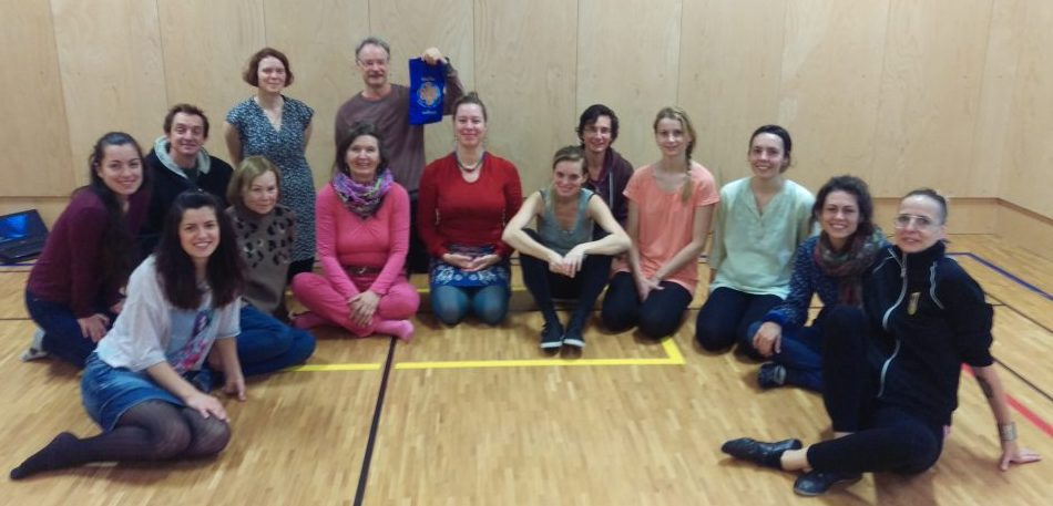 Khaita Joyful Dances for beginners and intermediate. The course took place in Prague on November 5th - 6th, 2016.