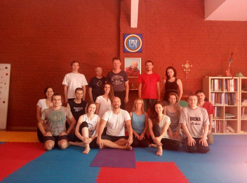 yantra yoga sangyeling