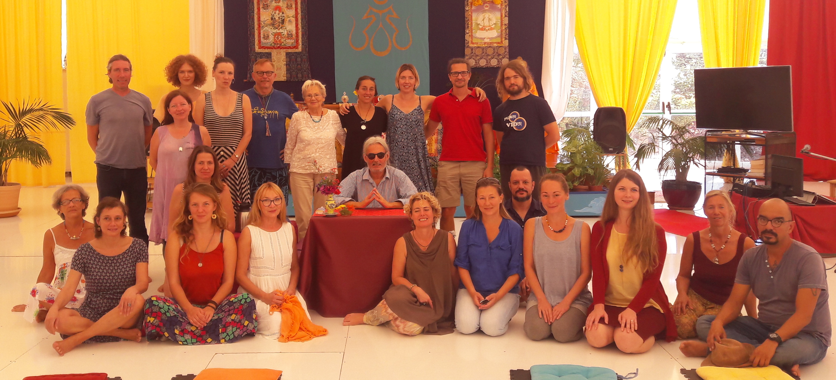 The practices of the First Level of Santi Maha Sangha with Elio Guarisco, November 26 - December 1, 2017.