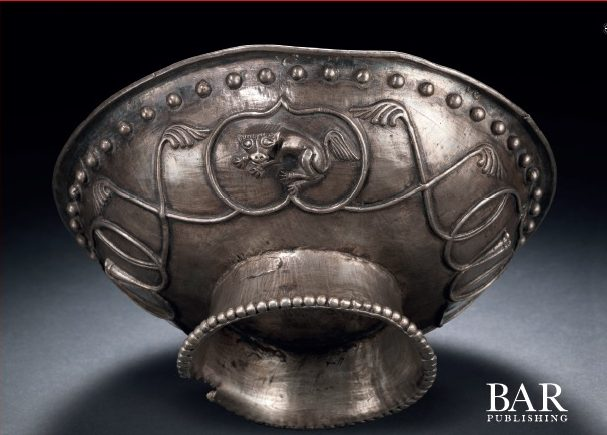 Tibetan Silver, Gold and Bronze Objects and the Aesthetics of Animals in the Era Before Empire