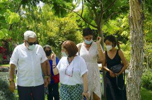 Visit by Adeje Mayor to Dzamling Gar